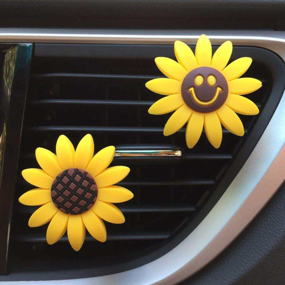 2Pcs Stylish Sunflower Smileys Flower Car Air Outlet Freshener Perfume Aroma Clip Decor New Hot Boutique