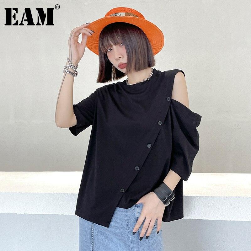 [EAM] Women Big Size Irregular Off Shoulder Button T-shirt Round Neck Three-quarter Sleeve Fashion Spring Summer 2021 1DD8876