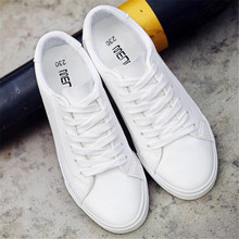 New spring and autumn white shoes womens flat casual fashion sneakers