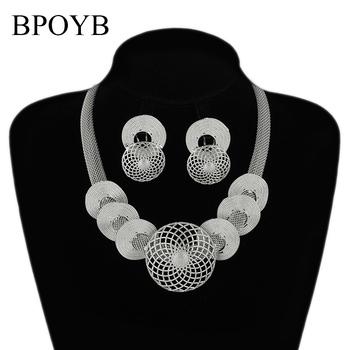 BPOYB moda kolor srebrny duże kolczyki naszyjnik przyciągający wzrok dubaj afrykański styl kobiety luksusowy zestaw biżuterii wysokiej jakości tanie i dobre opinie Miedzi Ze stopu miedzi CN (pochodzenie) Metal TRENDY Earrings Necklace Naszyjnik kolczyki CS0027 Zestawy biżuterii Party