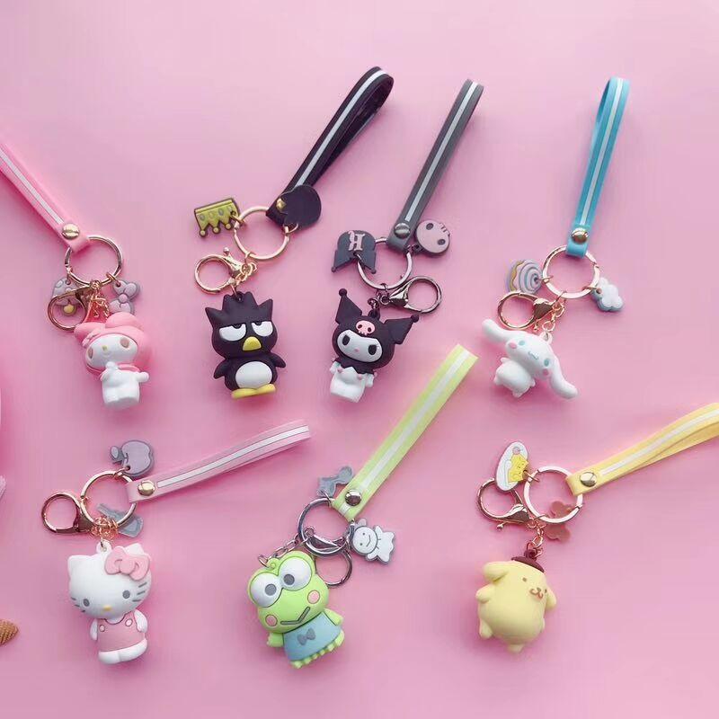 Creative DIY Big Eared Dog  Keychain Hello Kitty Doll KT Cat Keychain Men And Women Bag Penguin Key Chain Car Bag Pendant Gift