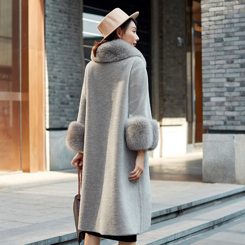 2020 New Wome's Real Fur Coat Women Winter 100% Wool Long Warm Sheepskin Shearing Coat Natual Fox Fur Parkas Mujer 2343