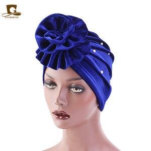 Image 1 - אופנה חדשה פופולרי חרוזים פרח פרח טורבן נשים מצנפת שיער אובדן כובע מוסלמי Turbante מסיבת חיג אב בארה ב אביזרי שיער