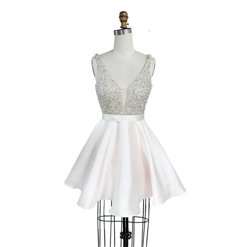 Col en V dos nu à la main perlée vêtements de retour femmes courtes robes de bal robe de soirée en cristal robe Fiesta élégante fête