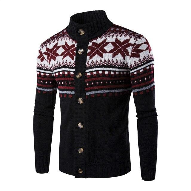 Красивый мужской свитер на пуговицах в деловом стиле 3