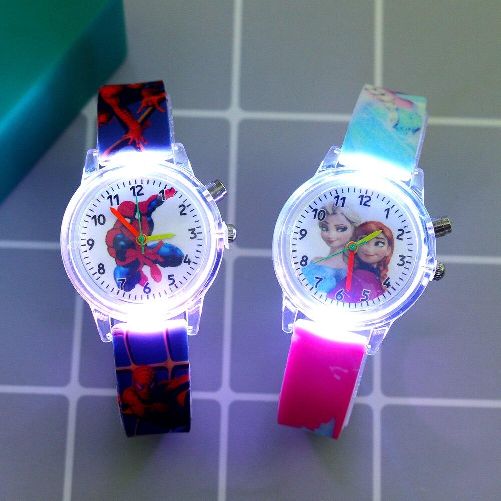 Yeni süper kahraman karikatür flaş ışığı çocuklar için saatler kız erkek kauçuk kayış sevimli prenses çocuk saatler saat reloj infantil