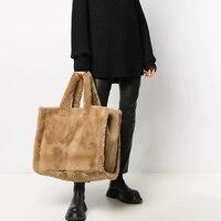 Mode Zu Große Tote Tasche Luxus Faux Pelz Frauen Handtaschen Designer Dame Hand Taschen Flauschigen Weichen Plüsch Shopper Tasche Warme Winter 2021
