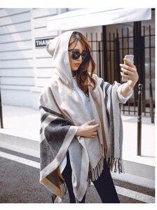 Image 5 - [Aetrends] Vrouwen Wol Voelen Hooded Poncho Met Hoed Winter Sjaals Zwart Beige Kleuren Z 2116