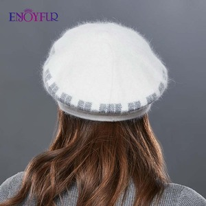 Image 4 - Enjoyfurウサギニット女性の帽子暖かい厚手バイザーキャップ冬の高品質チェック柄ミドル中年女性キャップカジュアル帽子女性
