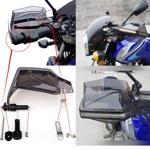 Image 5 - Universal motocicleta guardas de mão com led turn signal luz protetores para suzuki burgman 400 gs1000 gs500e gs550m katana