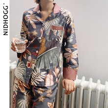 古典的なプリント女性のためのパジャマ長袖綿pijamas 2点セット秋のターンダウン襟カジュアルパジャマセクシーなナイトウェア