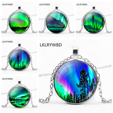 LKLRYWBD /, Vintage Green Northern Lights Round Pendant Glass Necklace Jewelry