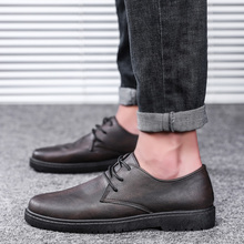 цены MOOREGOOD Summer outdoor lightweight soft leather men's shoes loafers overshoes comfortable flat shoes casual driving shoes