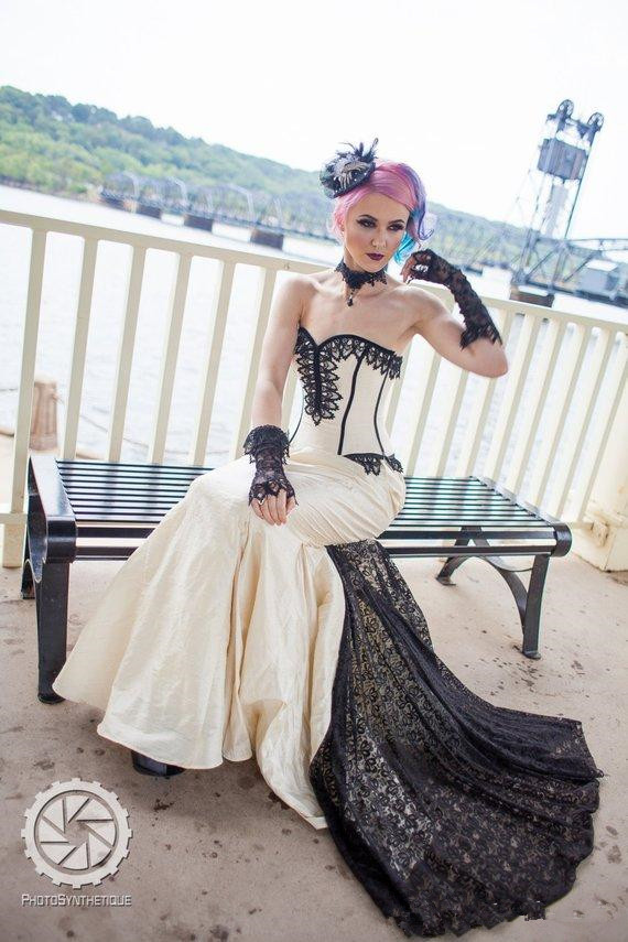 Vintage Mermaid Gothic Wedding Dresses 2020 Sweetheart Lace-up Corset Steampunk Halloween Lace Stain Wedding Gown Robe De Mariée