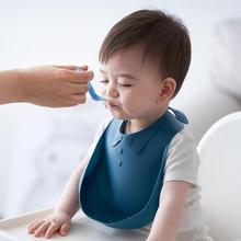 Baby Bibs Waterproof Silicone Feeding Baby Burp Cloths Newborn Cartoon Apron Baby Scarf Adjustable Gentleman Bow Tie Bandana Bib