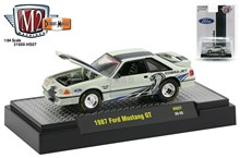 M2 1:64 1987 Ford Mustang GT Collect alloy car model