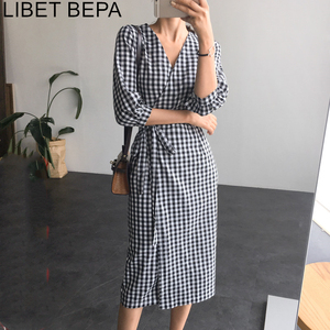 2020 New Spring Autumn Women Plaid Dress Lace Up Bow Wrap V-Neck Three Quarter Sleeve High Waist Casual One Piece Dresses DR1122(China)
