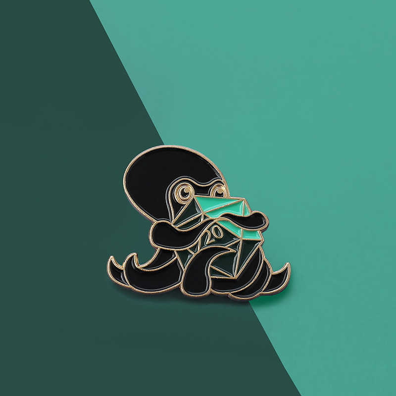 海洋動物タコピンアンテナ触手巻サイコロ服 Tシャツコートバッグ帽子ゲームファンブローチアクセサリー