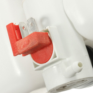 Image 3 - ユニバーサル Wts タンクキットポンプ 12V 1.8L ワイパーシステム貯水池自動車の付属品