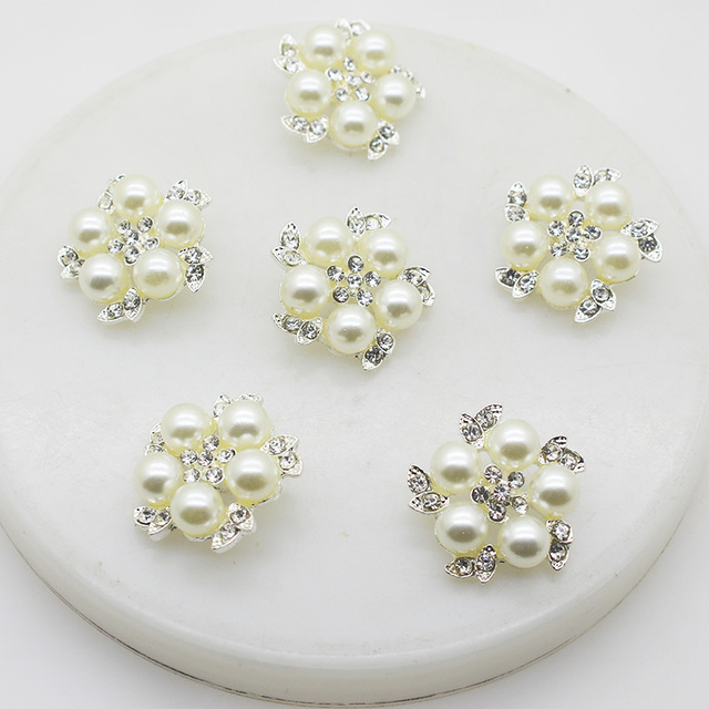 10pieceslot Big Pearl Alloy Rhinestone Buttons 30mm DIY Hair Accessories Materials Wedding Party Favor and Decoration Buttons