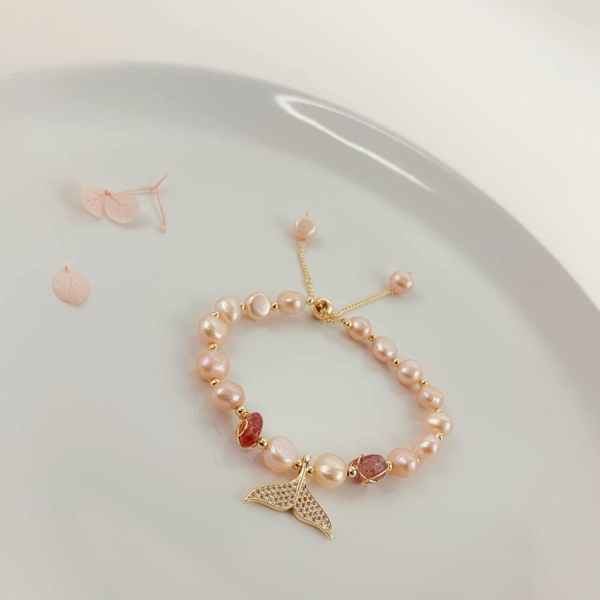 اللؤلؤ الطبيعي سمكة ذهبية الخرز سوار للنساء الفتيات هدية الكريسماس Armbanden 2019 الأزياء Kralen شارة Armbandjes السيدات