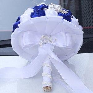 Image 2 - WifeLai 21cm גדול קריסטל כלה חתונה זר בעבודת יד רויאל כחול לבן סרט עלה חתונה זרי כלה Buque noiva W228