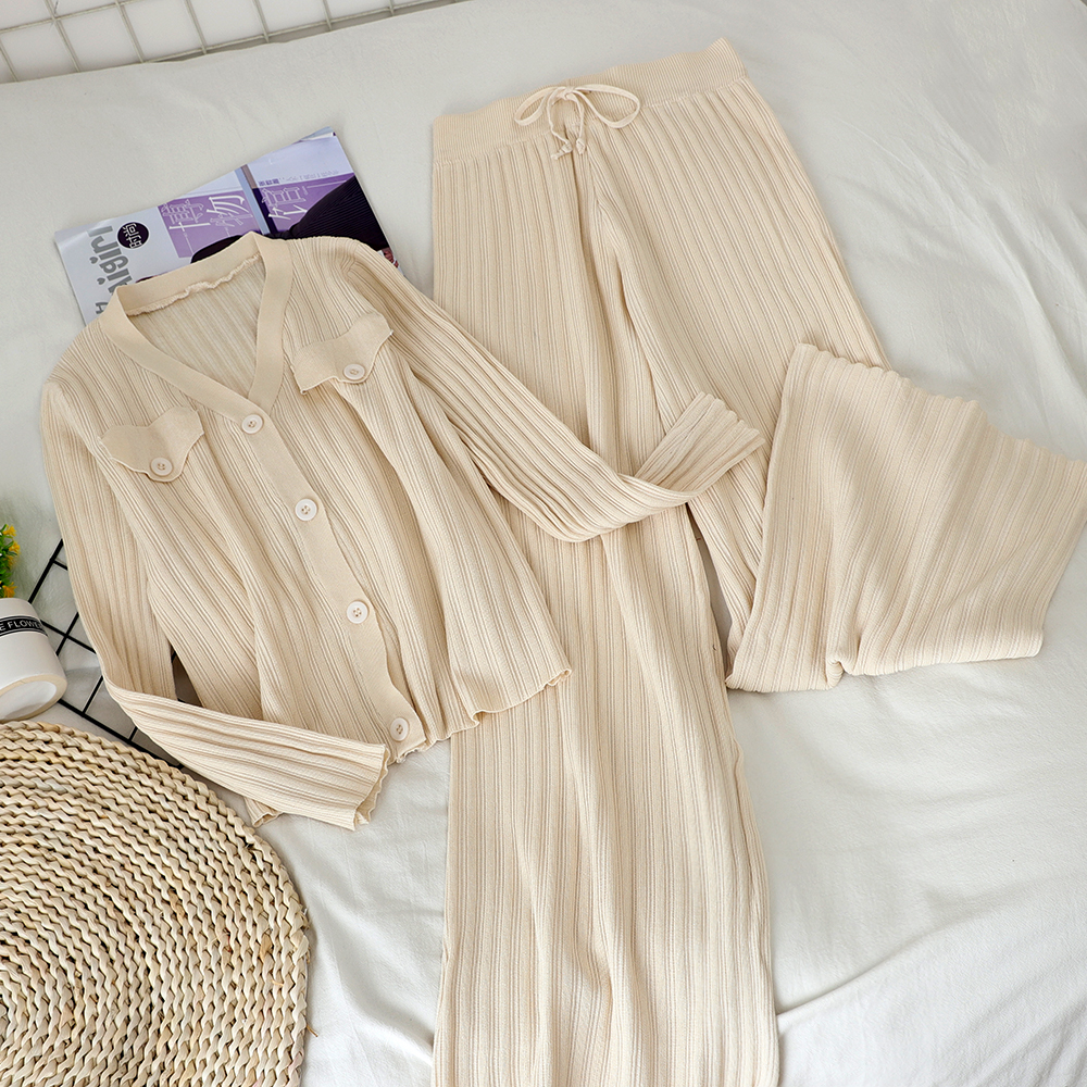 New Two-piece V-neck Short Cardigan Top + High Waist Tight Wide Leg Pants Net Red Knitted Suit Women