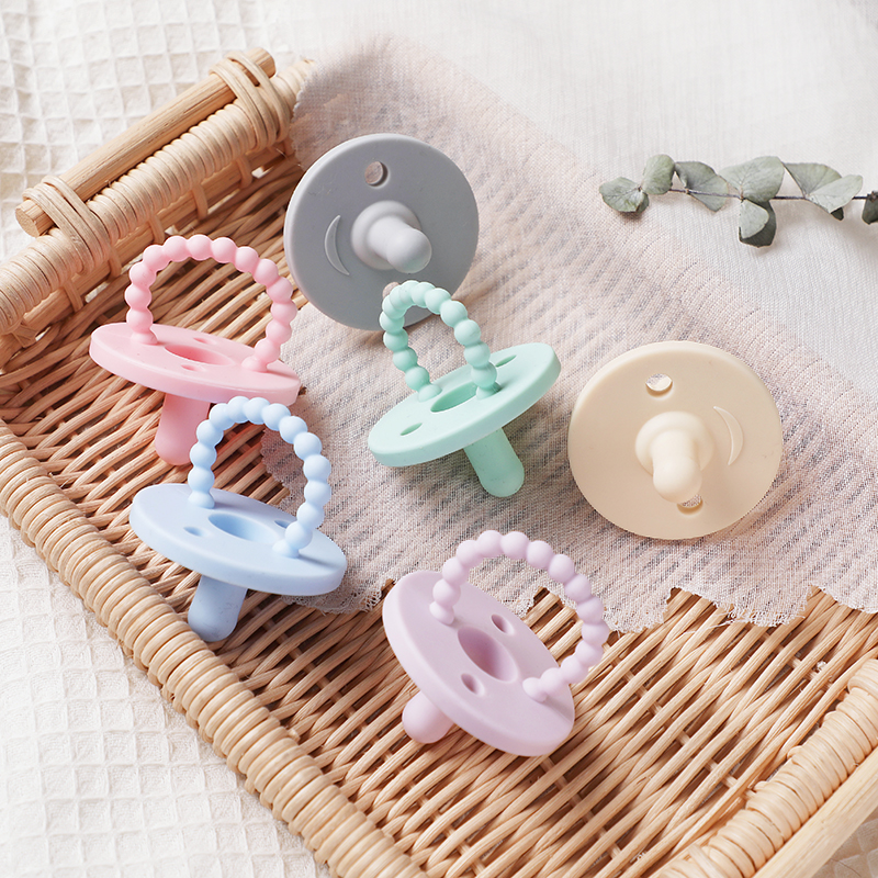 Baby Pacifier Clip Food Grade Silicone Teether Pacifier 1pc Nipple Holder Baby Feeding Safe Eco-friendly Cartoon Dummy Clips