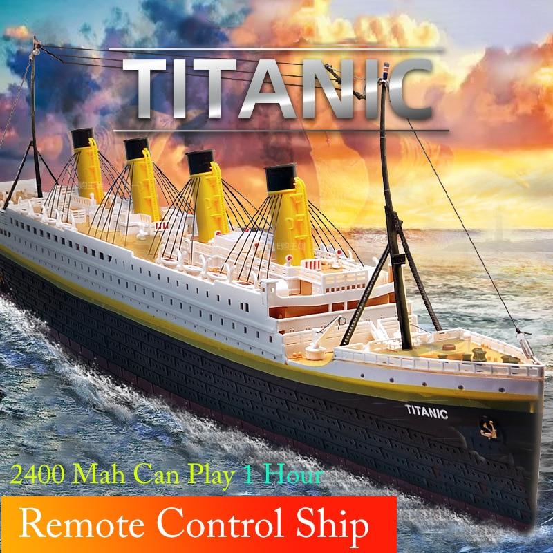RC Boat 1:325 Titanic Sea Grand Cruise Ship 3D Titanic Remote Control Boat High Simulation RC Ship Model Toys Use for 1 hour