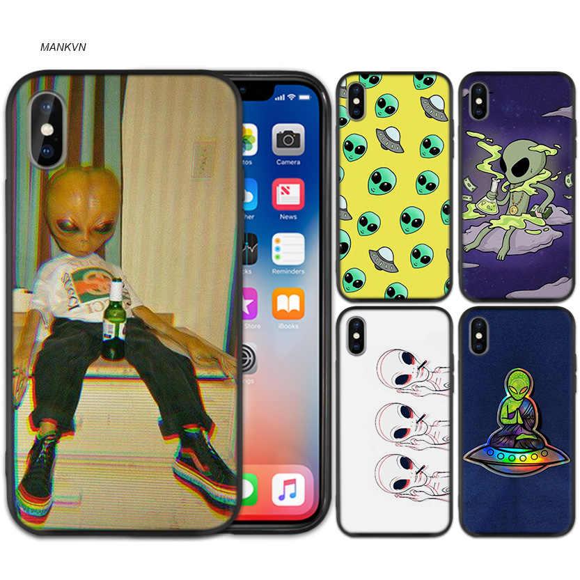 Alien UFO Schwarz Gummi Weiche TPU Silikon Fall Abdeckung für iPhone X XS XR XS 11 11Pro Max 7 8 6 6S 5 5S 5C SE Plus Fundas Capa Fall