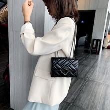 Casual Lingge Chains Women Shoulder Bags Luxury Pu Leather Crossbody Bag Designer Messenger Chic Small Flap Lady Purses New