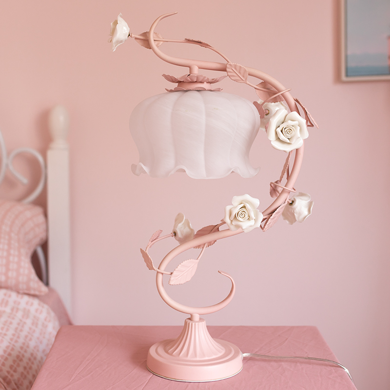 European Pink Flower Table Lamps For Living Room Bedroom Glass Desk Lamp Led Stand Light Fixtures Girls Princess Wedding Decor
