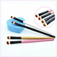 1 pièces Portable manche en bois/plastique ombre à paupières maquillage brosse fard à paupières nez Contour tache brosse maquillage outils Kits pour la beauté