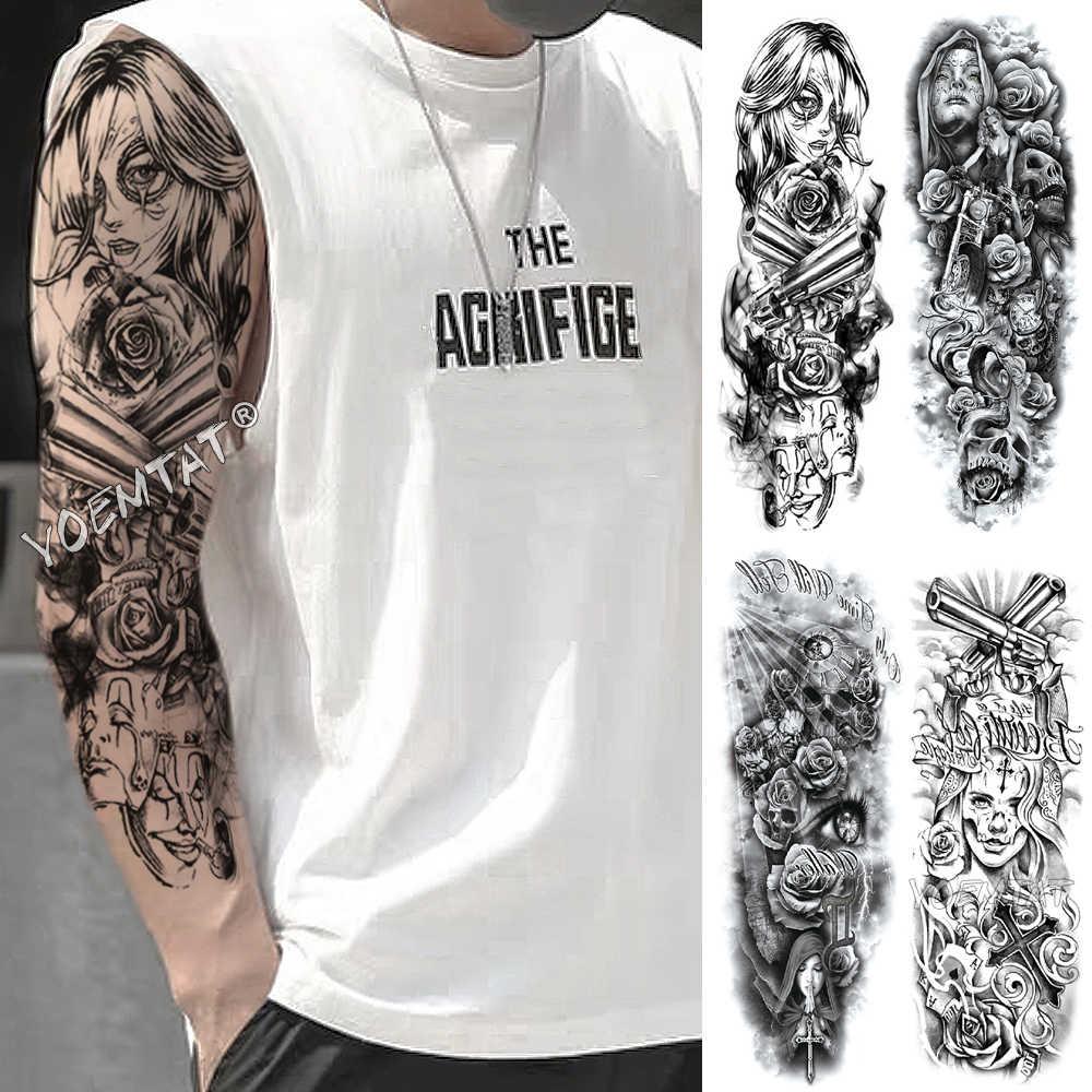 Mann arm kreuz tattoo Tattoo Schrift