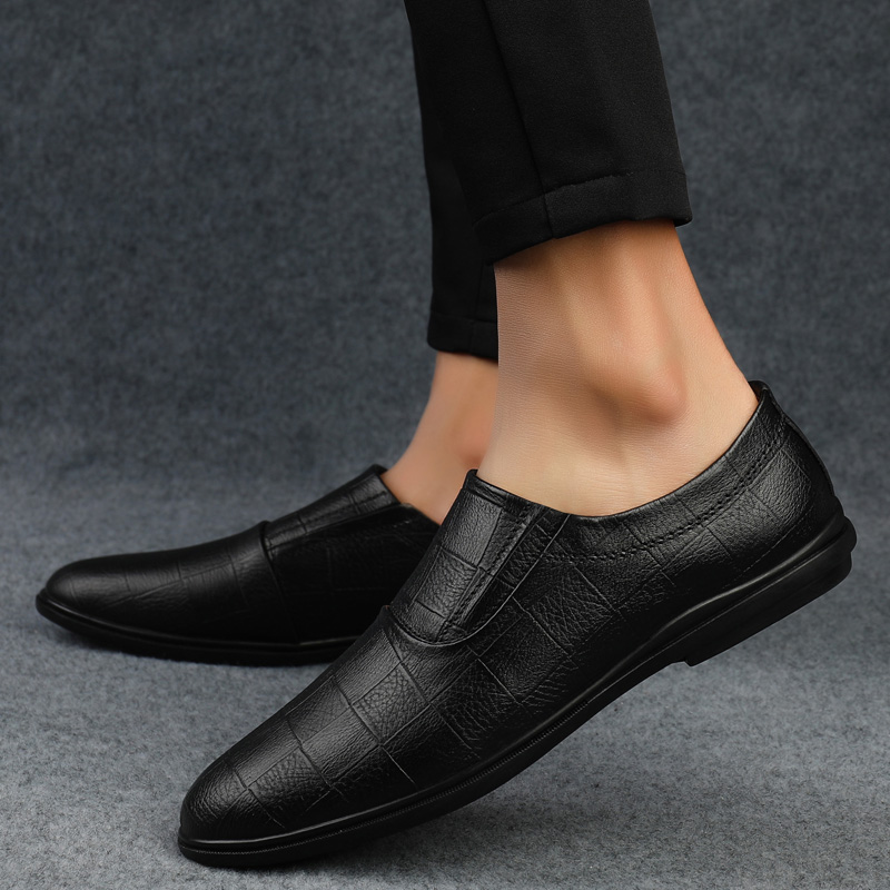 Mens Designer Shoes Men Loafers Shoes High Quality Genuine Leather Casual Shoes Men Breathable Slip-on Comfortable Soft Shoes S5