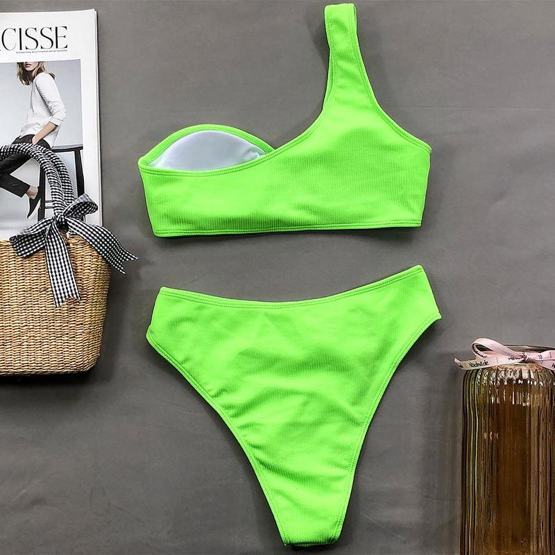 Bikini asymétrique épaule dénudée