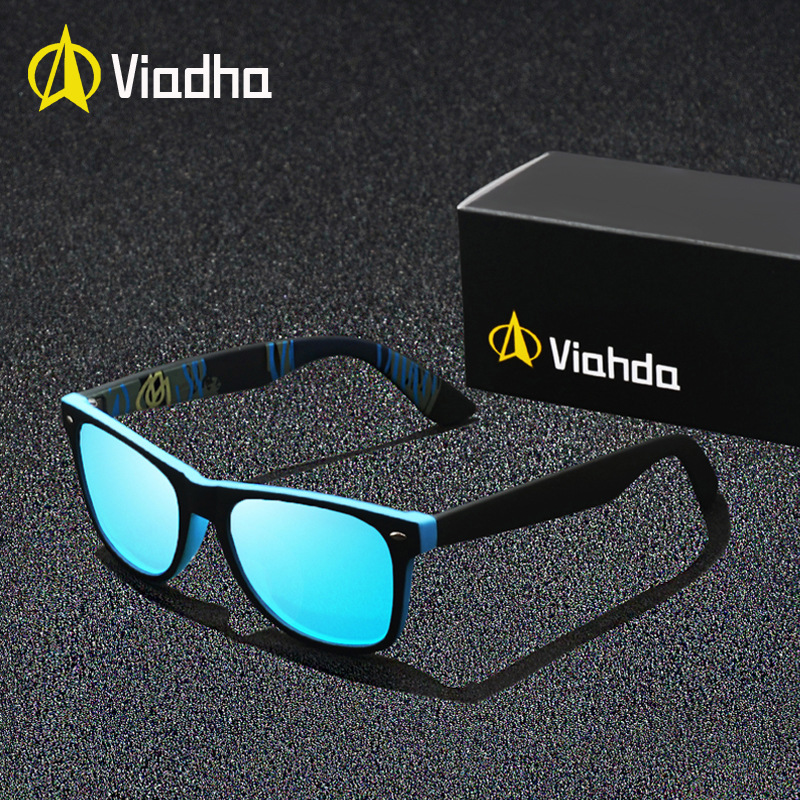 VIAHDA New Rivet Polarized Sunglasses Men Sun Glasses Brand Classic Polaroid Lens Vintage Shades Oculos Male in Men 39 s Sunglasses from Apparel Accessories
