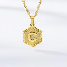 Color oro A-Z alfabeto cuello con colgante de inicial hexagonal de acero inoxidable carta collares para Mujeres Hombres joyería de la cadena de la amistad