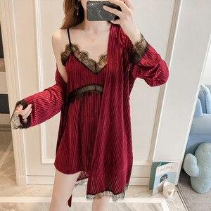 Image 5 - JULYS şarkı kış kadın pijama setleri kadife bornoz elbise seti sonbahar seksi dantel Sling 2 adet pijama pijama kadın bornoz