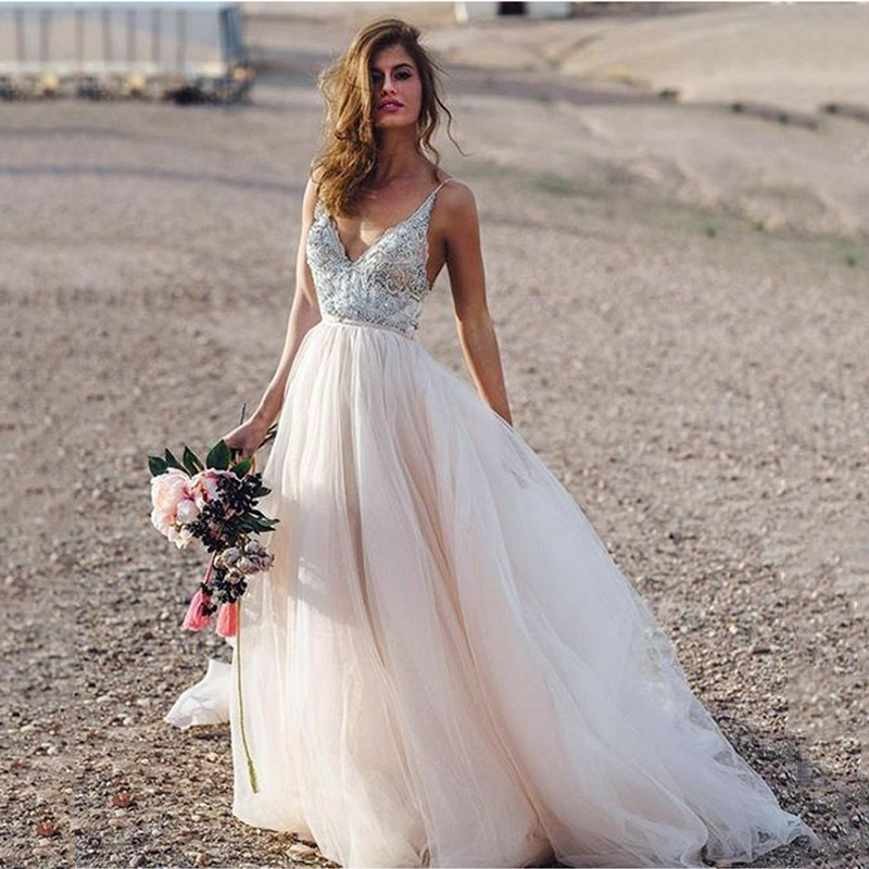 2019 Light Pink Spaghetti Straps Wedding Dress With Flowers Appliques Sexy Bride Dress Backless Vestido De Novia Playa Gowns