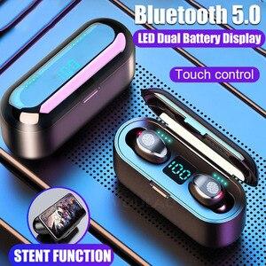 Image 2 - Drahtlose Kopfhörer Bluetooth V 5,0 F9 TWS Drahtlose Bluetooth Kopfhörer LED Display Mit 2200mAh Power Bank Headset Mit Mikrofon