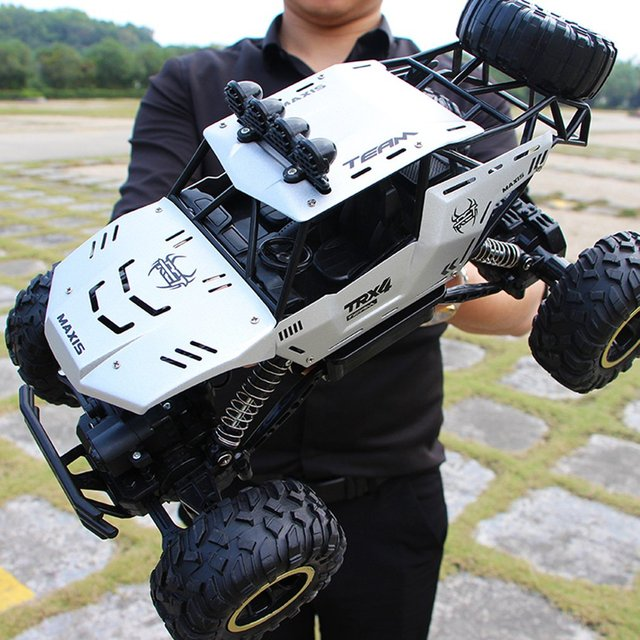 RC Car 1/12 4WD Monster Truck Rock Crawler Large Size Remote Control  Off Road Car Waterproof 2.4Ghz Remote Control cars for Kid 5