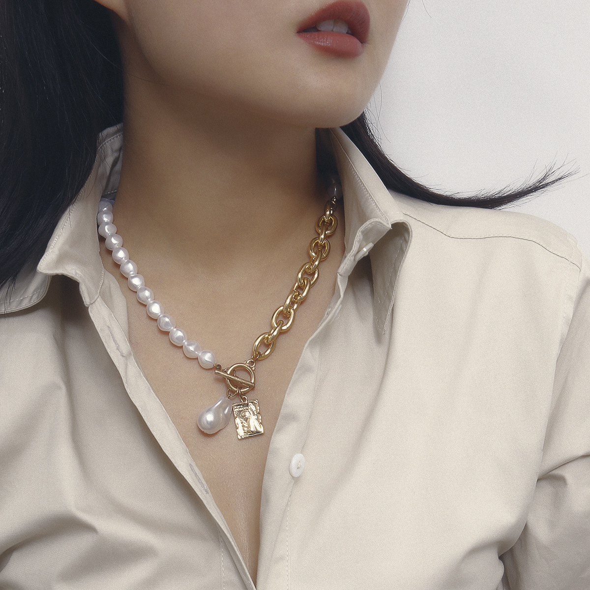 Baroque Imitation Pearl Alloy Angel Pendants Necklaces for Women Gold Color Clavicle Chain 2020 Fashion Jewelry Choker New