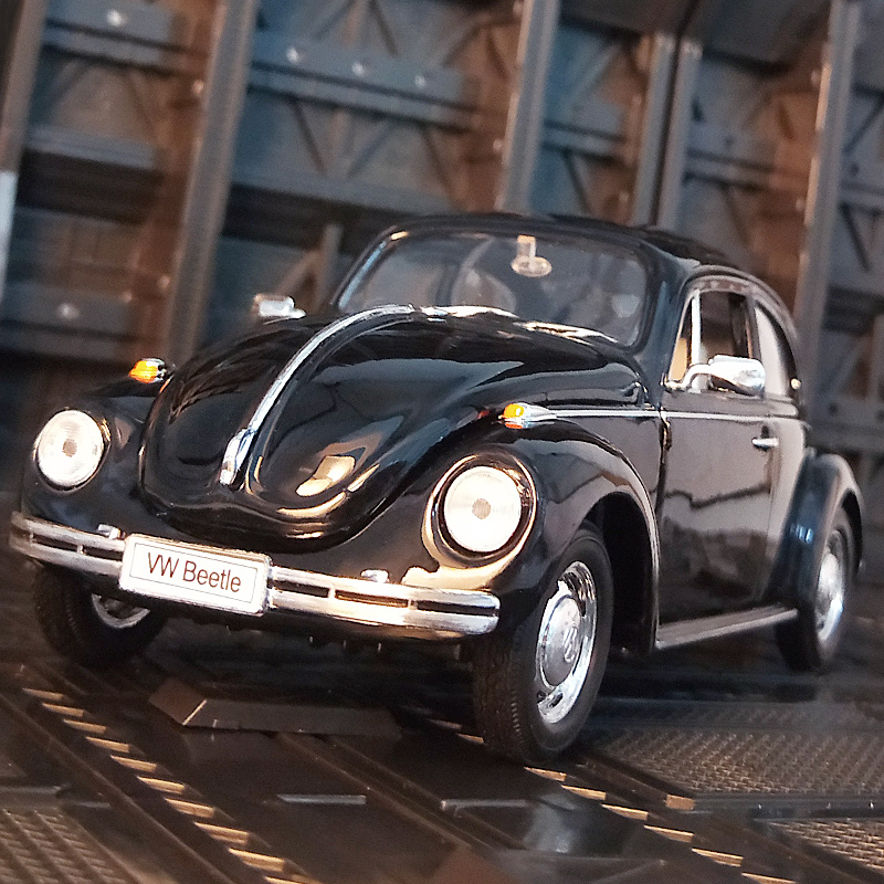 Welly 1:24 Volkswagen Classic Beetle alloy car model Diecasts & Toy Vehicles Collect gifts Non-remote control type transport toy