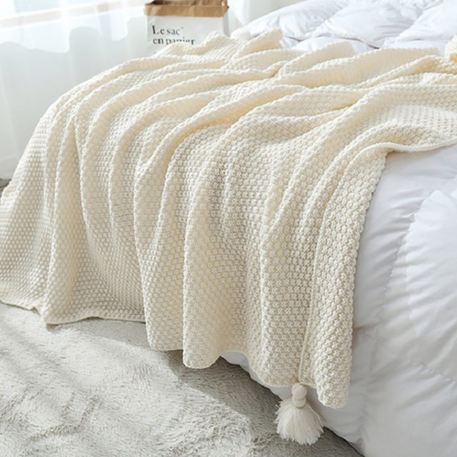 Decorative Knitted Blanket with Tassel 2