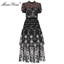 فستان حريمي قصير الأكمام من MoaaYina مزين بالزهور باللون الأسود مزين بالترتر برقبة دائرية ورقبة واسعة