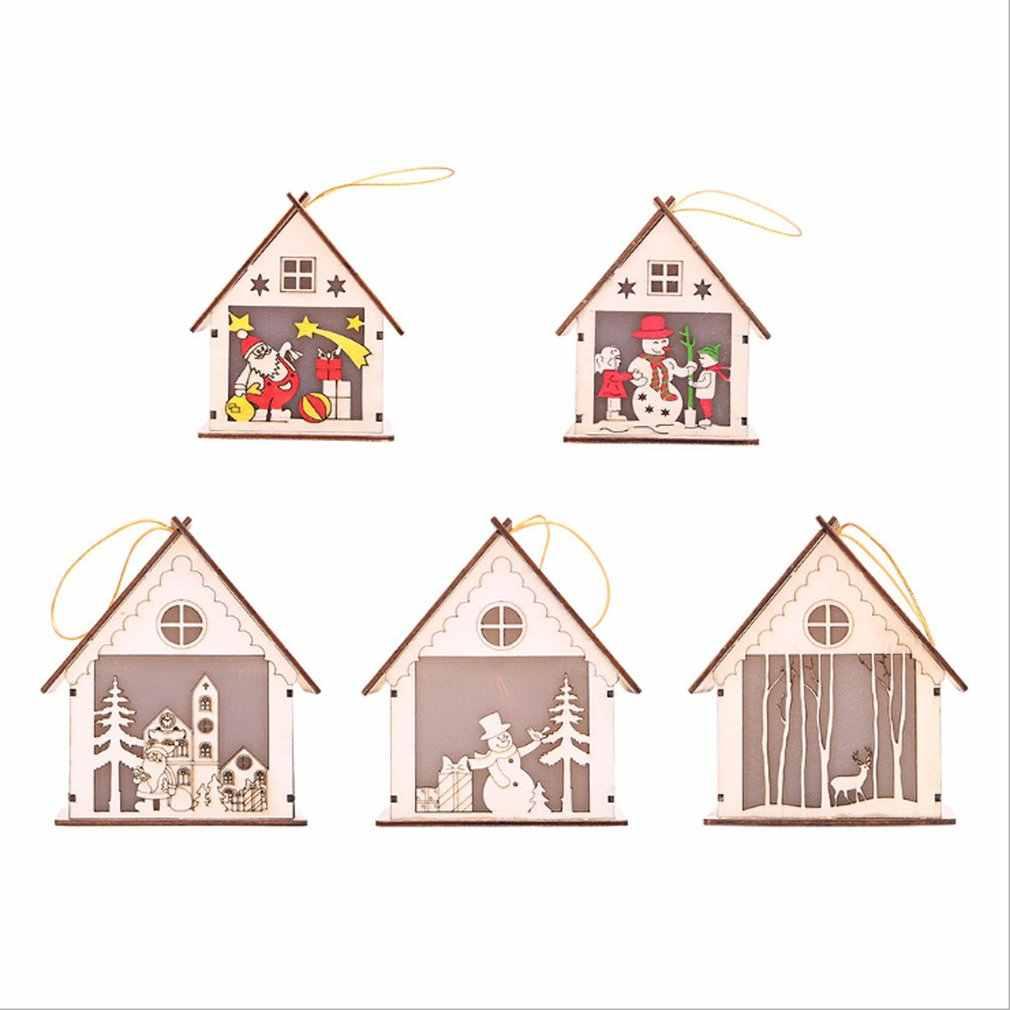 Decoraciones de Navidad luminosa cabaña de madera creativa de dibujos animados faroles de madera pequeña casa de nieve Casa de Navidad pequeña casa