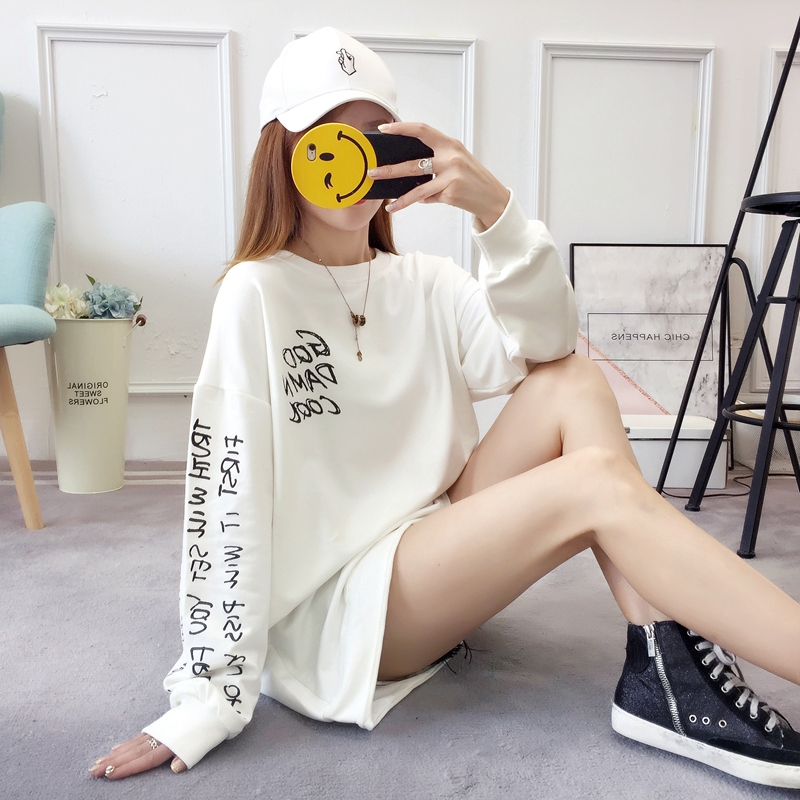 2019 autumn new Korean version of the XL T-shirt women's thin section long-sleeved loose hole wild T-shirt shirt women 80