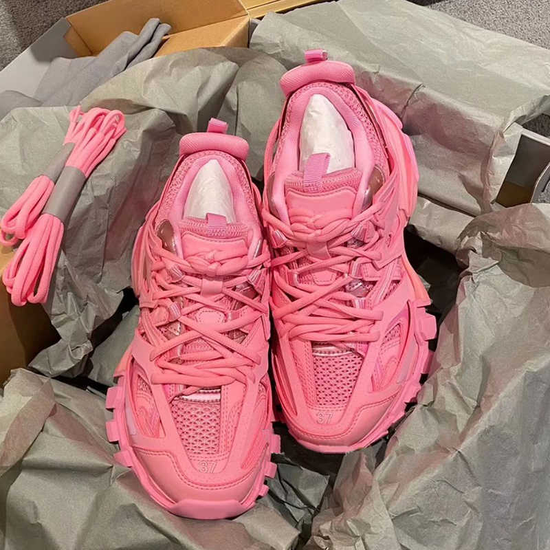 Top Brand Women Sneakers Track Shoes