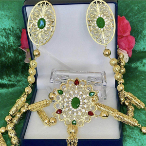 Image 2 - Novo estilo de moda marroquino casamento ombro jóias para mulheres ouro oco padrão strass jóias bra